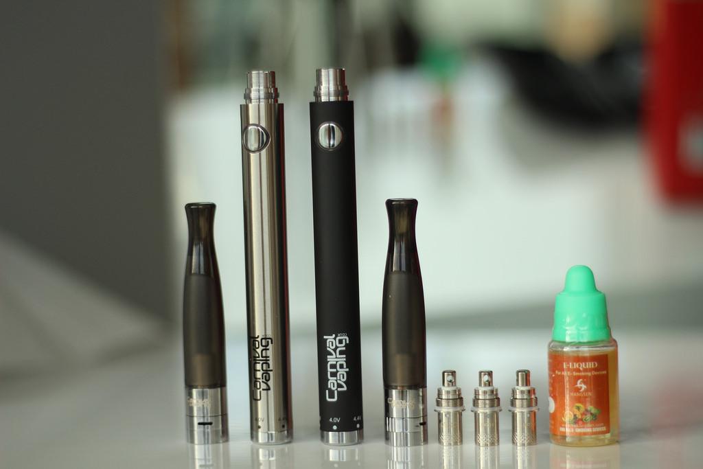 E-cigarettes use